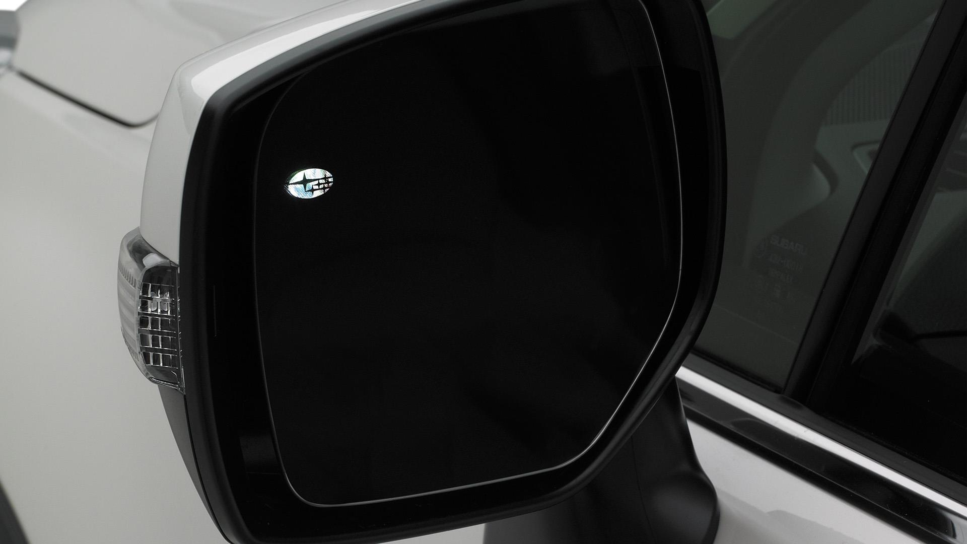 2018 subaru forester auto dimming exterior mirror with approach light for blind spot detection. Black Bedroom Furniture Sets. Home Design Ideas